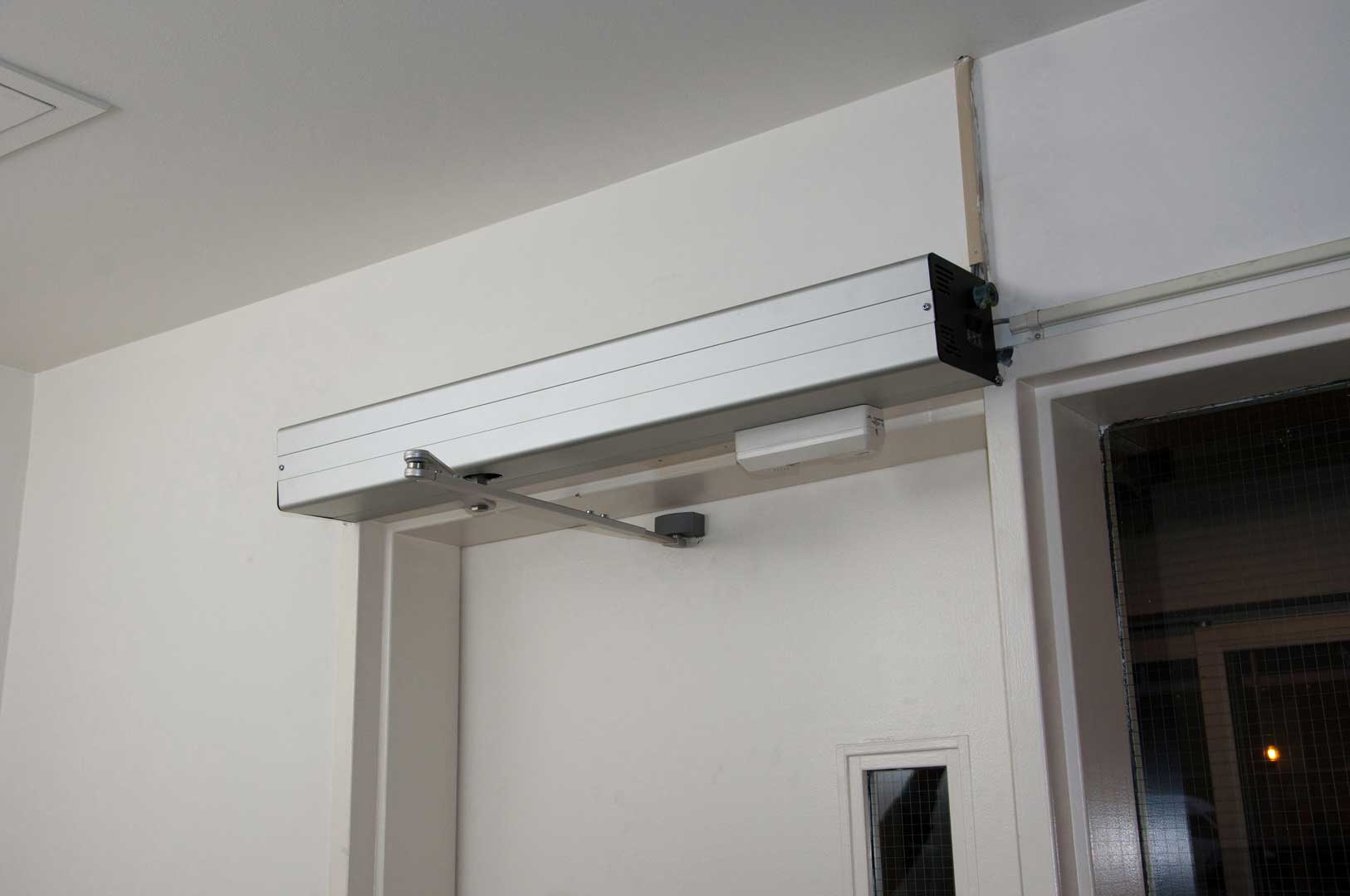 Explore1 Ca Tormax Automatic Swing Door Operator
