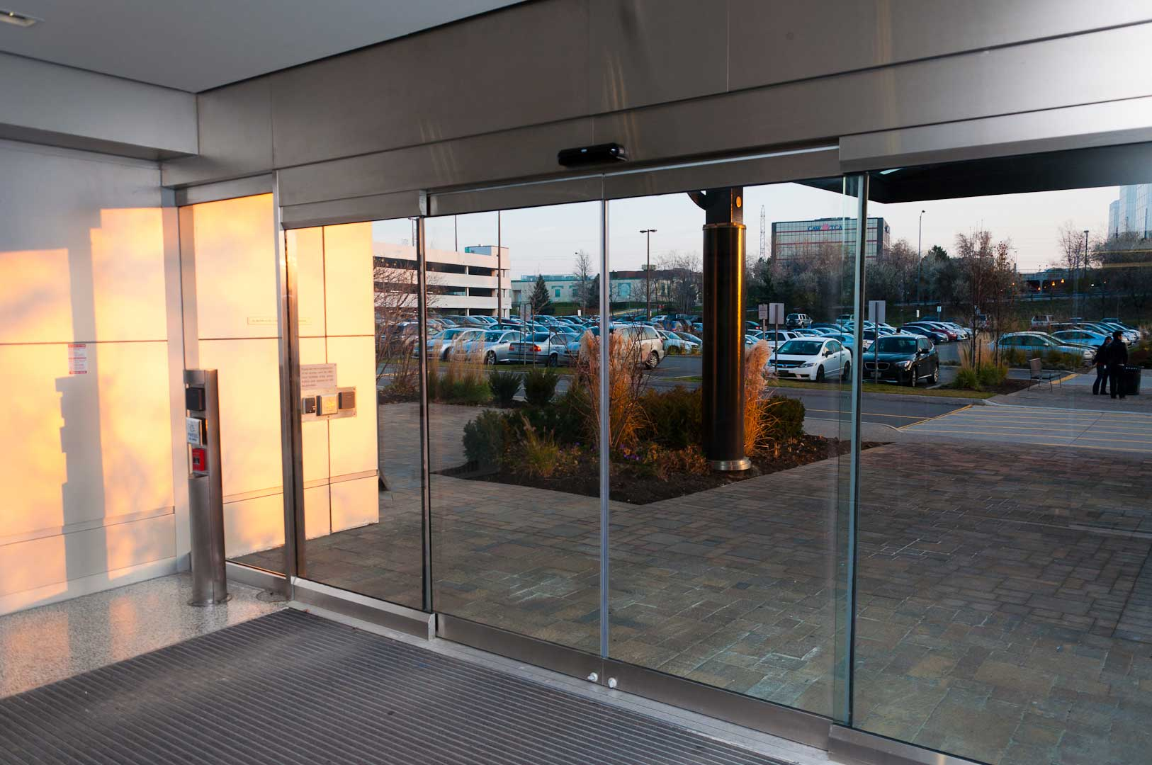 Exterior Glass doors in a tormax 9500 sliding door system installed by explore1.ca